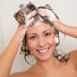 Wie oft sollte man die Haare waschen?